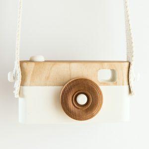 Appareil Photo en bois blanc