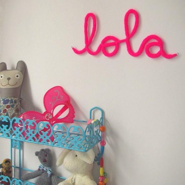 Prénom en laine Lola