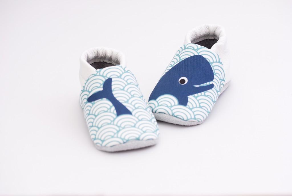 chaussons bébé baleine face chaussons bébé baleine 6 chaussons bébé baleine 1 chaussons bébé baleine 2 chaussons bébé baleine 3 chaussons bébé baleine 4 chaussons bébé baleine 5