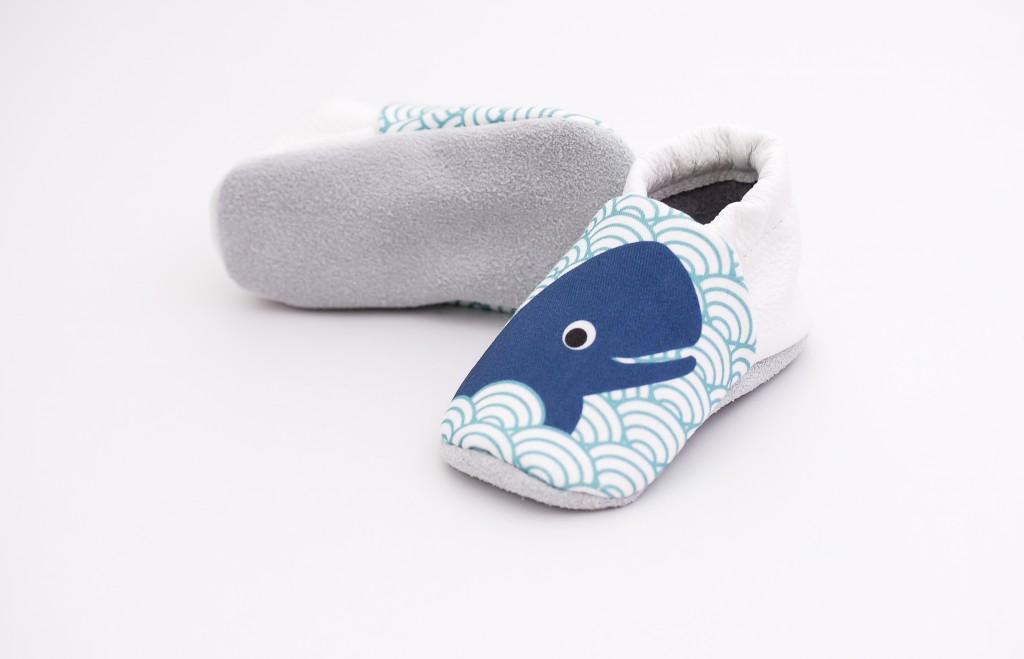 chaussons bébé baleine 1